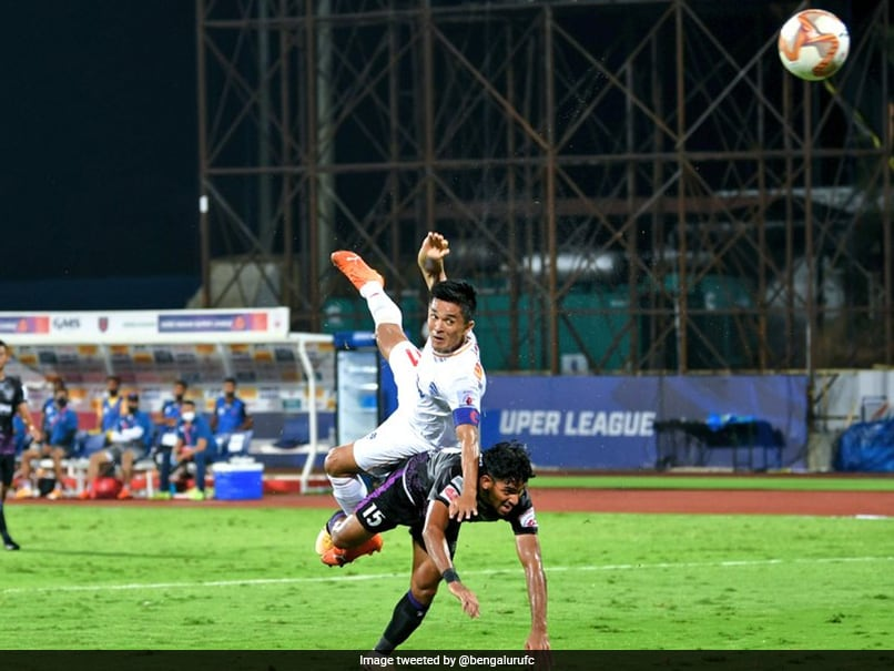 Sunil Chhetri Makes History As Late Goal Helps Bengaluru FC Beat Odisha FC | Football News