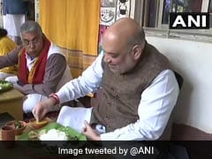 Amit Shah Eats Lunch At Bengal Folk Singer's House In Santiniketan