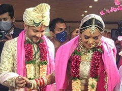 Aditya Narayan Marries Shweta Agarwal. See Pics From The Wedding