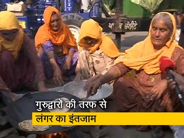 Videos : रवीश कुमार का प्राइम टाइम : किसानों के समर्थन में आए आम लोग