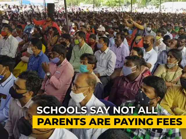 Video : Financially Stressed, Bengaluru Schools Protest, Demand Vaccination On Priority