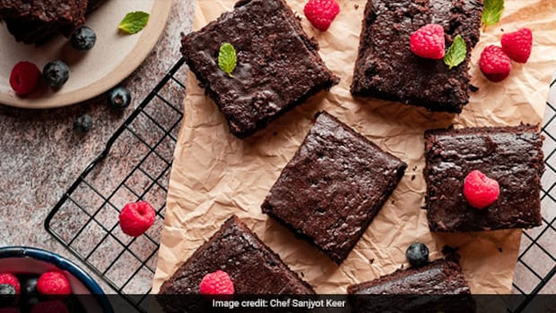 Looking For Healthy Dessert? Try This Choco-Chip Peanut Butter Brownie By Yasmin Karachiwala