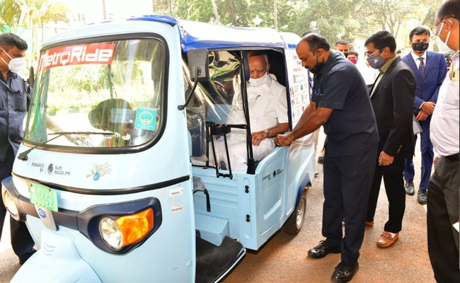 Bengaluru Gets Its First Battery Swapping Network For Electric Vehicles