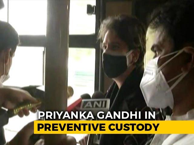 Video : Congress March To President Stopped, Priyanka Gandhi Taken Into Custody