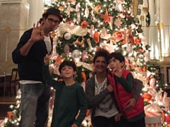 Christmas Throwback: A Round-Up Of Pinkie Roshan's Celebrations With Husband Rakesh, Son Hrithik And Grandsons