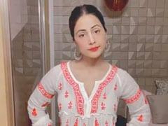 Hina Khan ने 'केयर नी करदा' सॉन्ग पर किया डांस, Video में यूं एक्सप्रेशंस देती आईं नजर