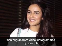 Jasmin Bhasin की फोटोग्राफर ने की तारीफ, कॉमेडियन Bharti Singh बोलीं- मुझे पतली क्यों नहीं कहा...देखें Video