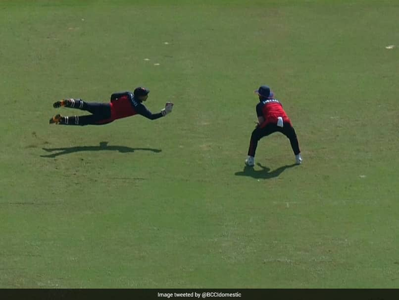 Syed Mushtaq Ali Trophy: Delhi Wicket-Keepers One-Handed Stunner To Dismiss Mohammed Azharuddeen. Watch