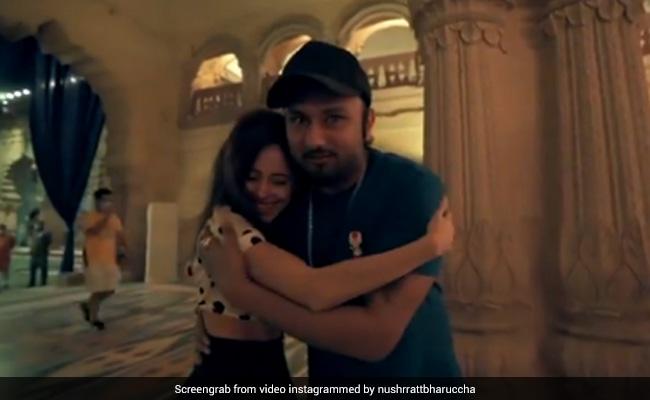 'सईयां जी' सॉन्ग की रिहर्सल पर बिना खाए पहुंची थी Nushrat Bharucha, हनी सिंह ने यूं दिया था रिएक्शन... देखें Video