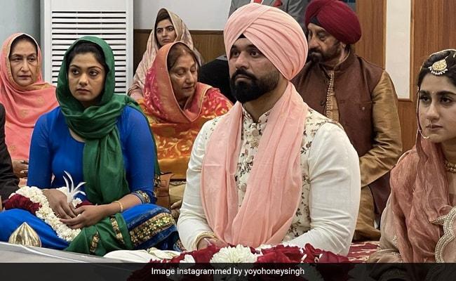 Yo Yo Honey Singh ने बहन स्नेहा सिंह की शादी की Photo की शेयर, बोले- आशीर्वाद दें...