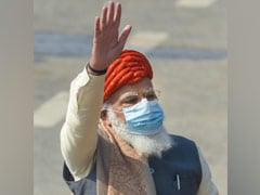 PM Modi Dons Special Turban On Republic Day Gifted To Him By Royal Family