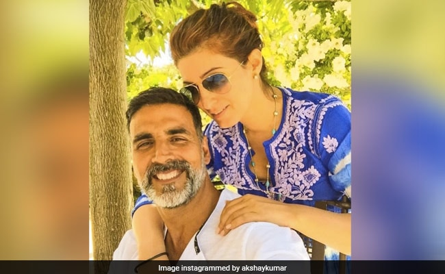 What Akshay Kumar And Twinkle Khanna Wrote For Each Other On '20 Years Of Togetherness'
