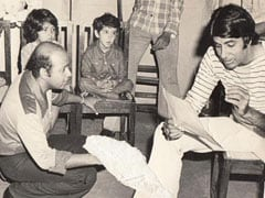 Spot Tiny Hrithik Roshan In Amitabh Bachchan's Throwback Gold From <I>Mr Natwarlal</i>
