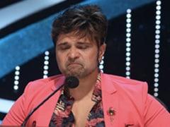 Indian Idol 2020 के सेट पर हुआ कुछ ऐसा, फूट-फूटकर रोने लगे Himesh Reshammiya- देखें Video