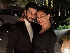"Birthday Boy Rohman Shawl Gets A ""Collective Hug"" From Girlfriend Sushmita Sen And Her Daughters"