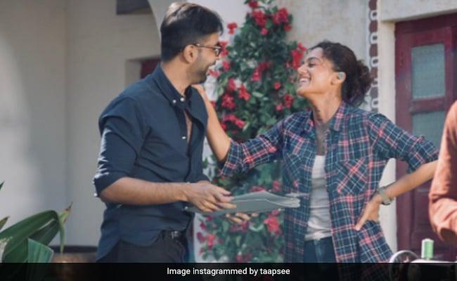 'Ab Toh Kisi Picture Mein Cast Kar Le Yaar': Taapsee Pannu To Paatal Lok Star Abhishek Banerjee