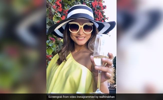 हिना खान ने अमिताभ बच्चन के गाने पर यूं दिखाया स्वैग, बार-बार देखा जा रहा Video