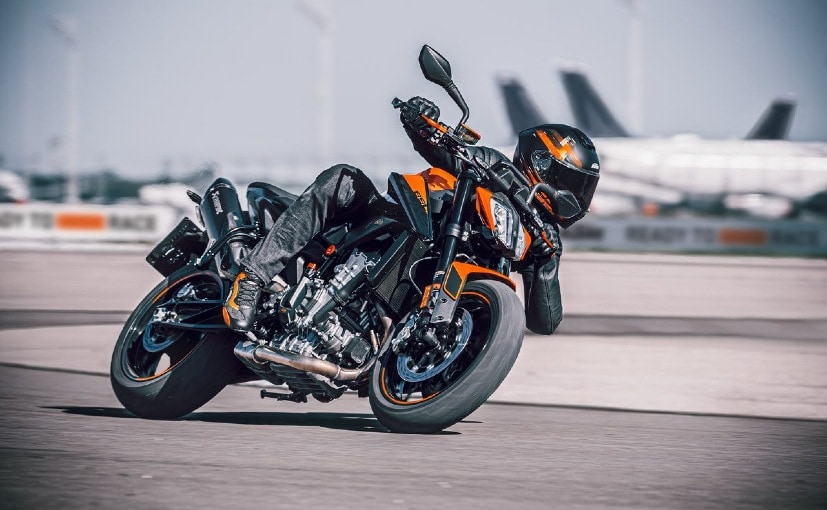 The KTM 890 Duke sits below the 890 Duke R and will be Euro V/BS6 compliant