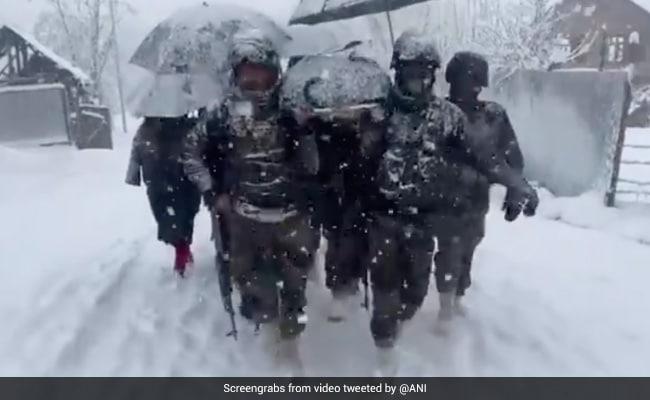 Army Carries Home Kashmir Woman, Newborn On Stretcher In Knee-Deep Snow