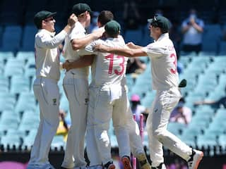 IND vs AUS, 4thTest, Day 3 Live Score: Josh Hazlewood Strikes As Mayank Agarwal Falls Right After Lunch