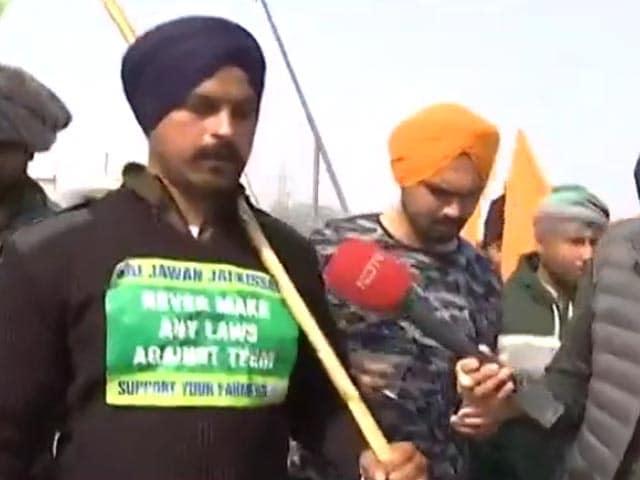 Video : Police Vs Farmers: Protesters March To Heart Of Delhi