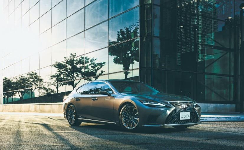 The new range-topping Lexus LS 500h Nishijin will be sold alongside the standard version of the sedan