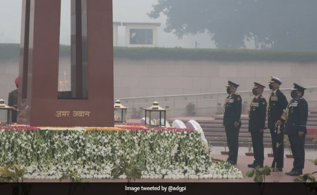 General Bipin Rawat, Chiefs Of Armed Forces Pay Tribute At War Memorial