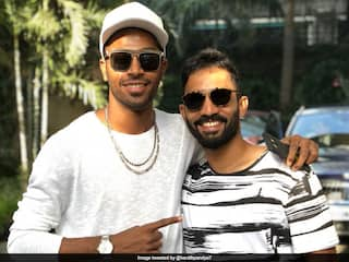 """""""Youll Make Me Cry"""": Hardik Pandya Responds As Dinesh Karthik Describes Him In One Line"""