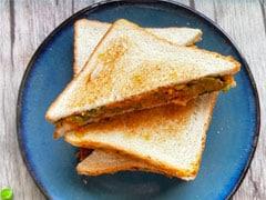 Quick Breakfast Recipe: How To Make Winter-Special Aloo Matar Sandwich (Recipe Video)