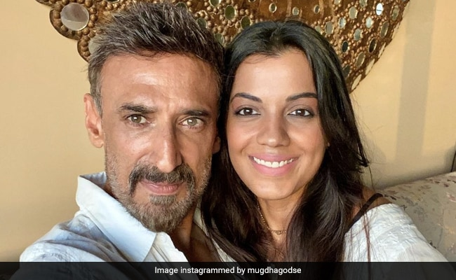 What Mugdha Godse Said About Her Age Gap With Boyfriend Rahul Dev