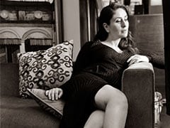 "Just A Pic Of Mom-To-Be Kareena Kapoor ""Waiting"" For..."