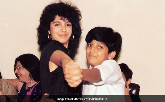Wait, Is That Farah Khan With The 'Flashdance Hair'? And Farhan Akhtar 'Holding On For Dear Life'?