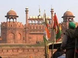 Video : Protesting Farmers Storm Delhi's Iconic Red Fort With Tractors