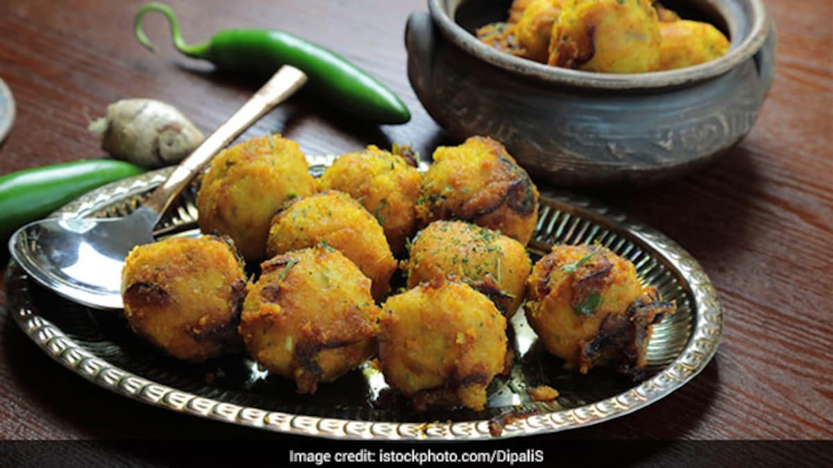 Ever Tried Moong Dal Ke Kabab? This Soft-Vegetarian Kabab Is Ultimate Indulgence