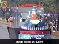 गणतंत्र दिवस परेड में पहली बार नजर आई लद्दाख और कोविड-19 की झांकी बनीं आकर्षण का केंद्र