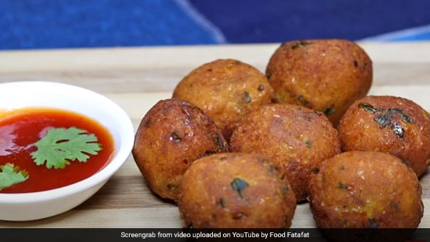 Watch: How To Make Crispy Sweet Corn Pakoda For Your Evening Tea