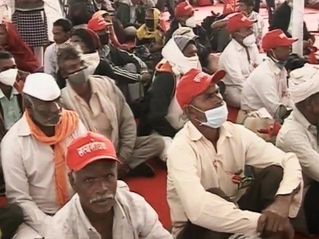 Video : Farmers From Across Maharashtra Gather At Azad Maidan In Mumbai