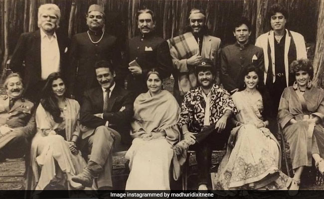 A Ram Lakhan Cast Pic From 32 Years Ago: Anil Kapoor, Jackie Shroff, Madhuri Dixit, Dimple Kapadia And Others