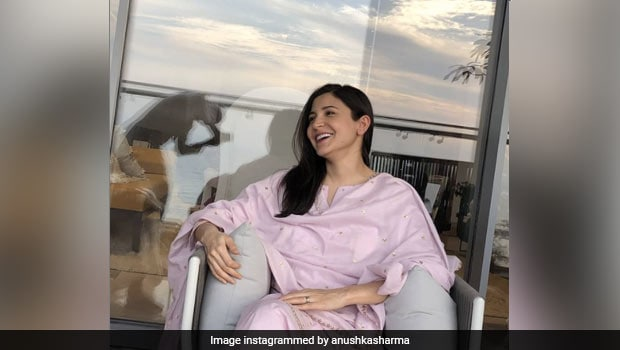 Mommy-To-Be Anushka Sharma's Delicious Panipuri Platter Will Make You Crave For Some (See Pics)