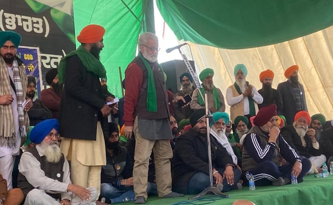 सिंघु बॉर्डर पर किसान नेताओं ने फिर दोहराया, कानून वापस होने तक शांतिपूर्ण आंदोलन करते रहेंगे, 7 बड़ी बातें
