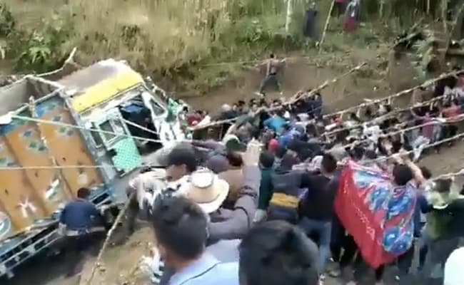 Watch: Crowd Pulls Truck Out Of Gorge In Nagaland