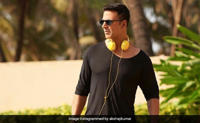 Army Day 2021: Akshay Kumar Played Volleyball With 'Bravehearts' As A Warm-Up Excercise