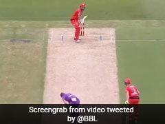 BBL 2020-21: गेंदबाज के जाल में फंसे शॉन मार्श, पैरों के बीच में से ऐसे अंदर घुसी गेंद - देखें Video
