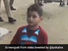 पुलिस वालों के सामने छोटे बच्चे ने की गजब की ड्रिल, IPS बोला- अपने ट्रेनिंग के दिन याद आ गए... देखें Video