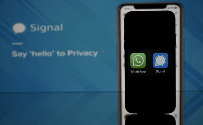 Registrations Through The Roof: Signal After Global WhatsApp Outage