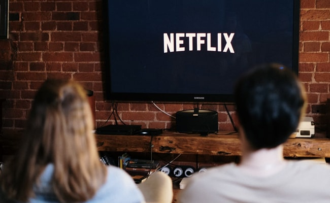 This Company Is Looking For Someone To Binge-Watch Netflix, Eat Pizza