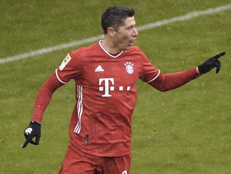 Bayern Munich face in-form Freiburg after cup crash