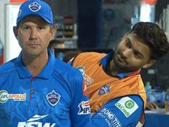 Ind Vs Aus: रिकी पोंटिंग ने कहा था- 'टीम इंडिया नहीं बना पाएगी 200 रन', वीरेंद्र सहवाग ने ऐसे किया Troll