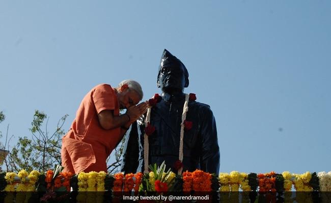 सुभाष चंद्र बोस की जयंती की पूर्व संध्या पर PM ने किए ट्वीट, गुजरात के हरिपुरा से 'नेताजी' के खास रिश्ते का किया जिक्र..