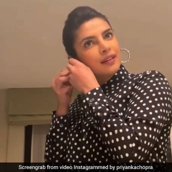 Priyanka Chopra's DIY Makeup Routine Is Easy, Breezy And Will Have You Ready In Minutes